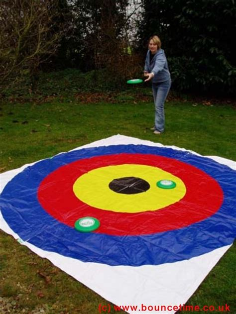 backyard frisbee games 25 best ideas about giant games on pinterest giant outdoor games giant jenga and diy giant