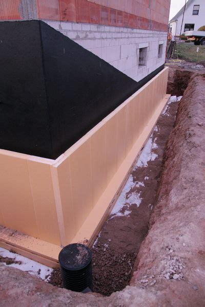 haus ohne keller drainage das haus kriegt warme str 252 mpfe stein auf stein zur sonne