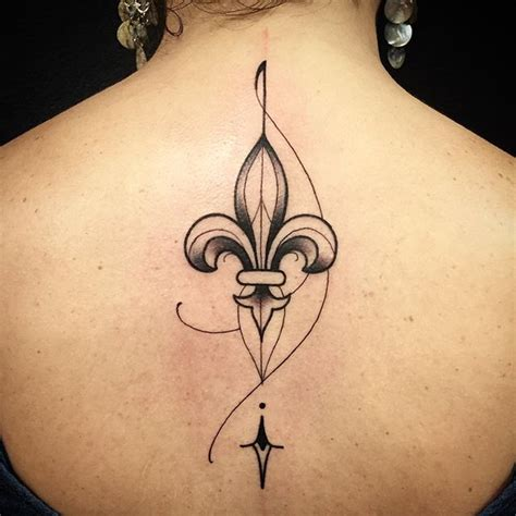 flor de lis tattoo designs best 25 fleur de lis ideas on
