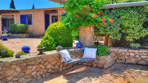 imagenes de jardines de casa lia casa de co con casa de invitados en generosos