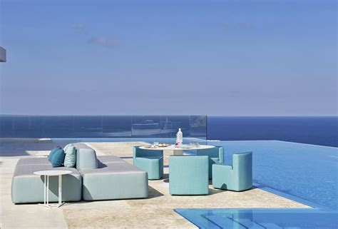 divano modulare componibile divano modulare imbottito in legno okum 232 per esterno