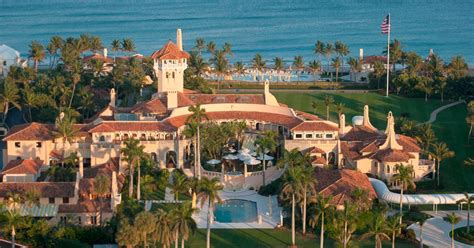 donald trump house in florida four poster bed dripping in gold inside donald trump s