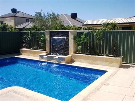 swimming pool feature exle 1 171 innovative water features and surroundings