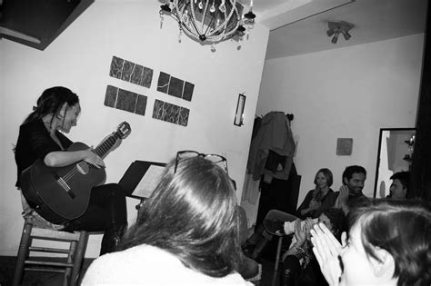 living room concerts emubands y living room concerts madrid en colaboraci 243 n