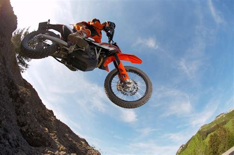 Ktm Enduro 690 R Review 2013 Ktm 690 Enduro R Review Top Speed