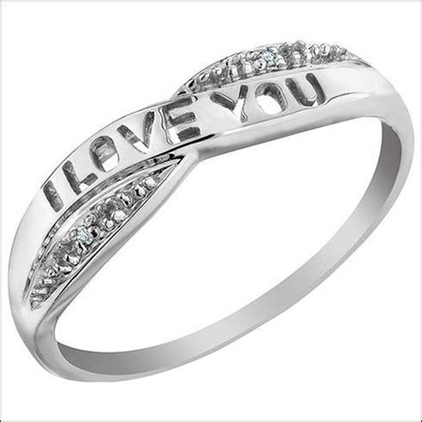 keep these tips in mind while shopping for promise rings