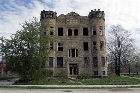 detroit mansions for cheap abandoned mansions for sale detroit s abandoned mansions