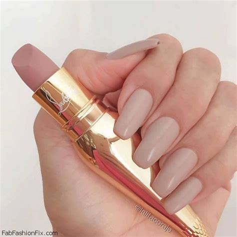 Lipstik Christian Louboutin 10 gorgeous nails and manicure ideas for this fab