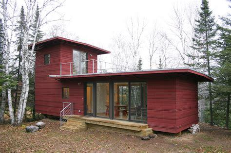 companies    building  prefab home