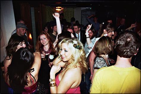 house parties estudando para sempre coisas legais para se fazer com os