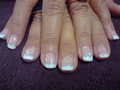 faux ongles avec motifs manucure sur faux ongles capsules motifs au