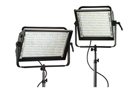 Lu Kinoflo luces econ 243 micas para producci 243 n dslr xavier boluda