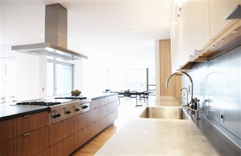 How To Design A Galley Kitchen Galley Kitchen Layout Design Afreakatheart