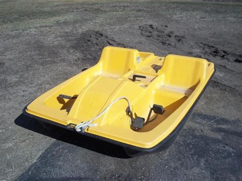 pelican paddle boat used pelican 500 paddle boat needs repai consignment