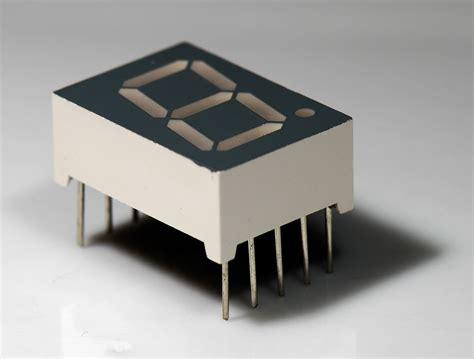 7 Segmen Seven Segment Led Display 1 Digit Common Cathode 056 seven segment display