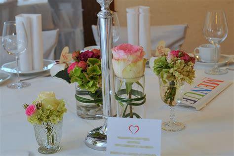 Tischdekoration F R Hochzeit tischdekoration f 252 r hochzeit floristik martina schaible