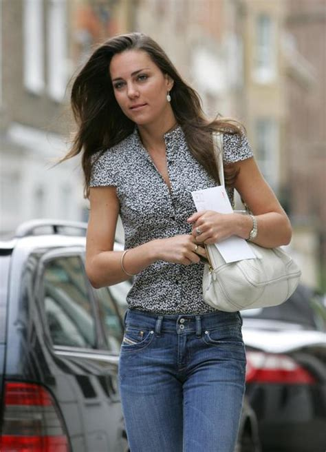 biography book on kate middleton catherine duchess of cambridge photo who2