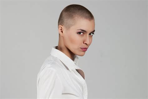 ladies bald haircut video the bald and the beautiful fashionista s diaries