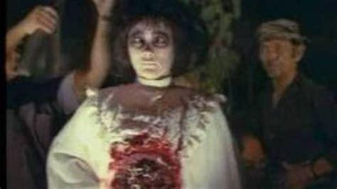 film hantu yang paling menyeramkan bertemu dengan sundel bolong penakan hantu