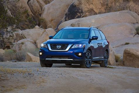 nissan pathfinder 2017 black 2017 nissan pathfinder seven things to know automobile