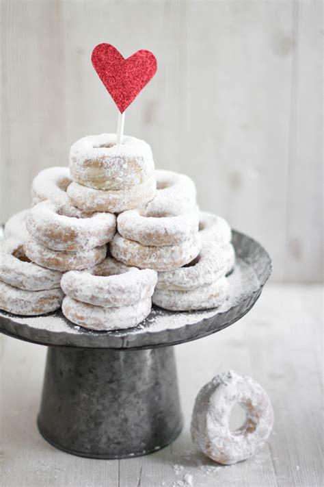 donuts   wedding cake   post  etsy