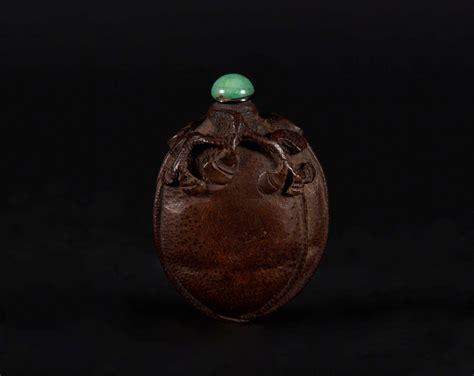 seme cina snuff bottle in legno di frutto scolpita a guisa di seme