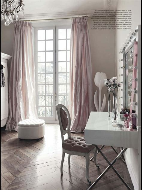 french boudoir bathroom at home with blush gray walls and floor patterns