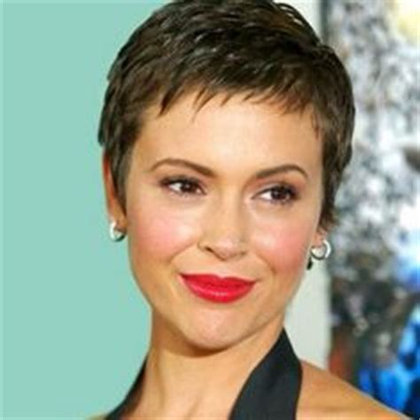 best haircuts for chemo patients 1000 images about hairstyles on pinterest short
