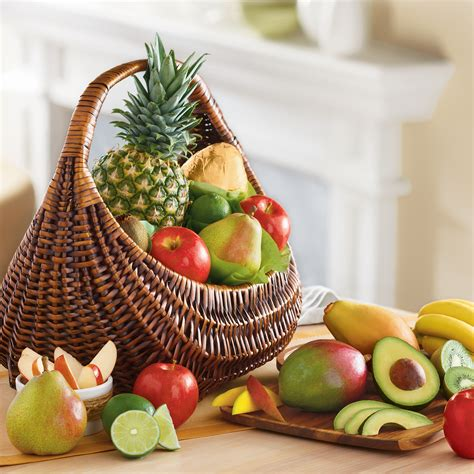 fruit gift baskets deluxe fresh fruit basket gift baskets harry david