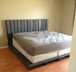Wood Pallet Bed Frame 13 Inexpensive Wooden Pallet Bed Frame 101 Pallets