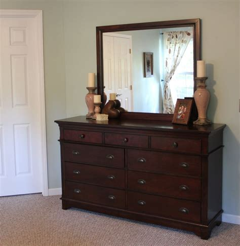 Decorating Dresser Top by 1000 Images About Dresser Top Decor On House