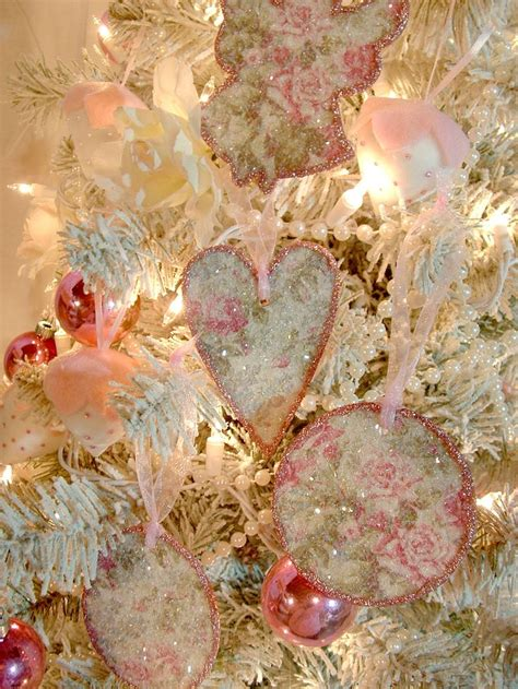 Glitter Vintage Wallpaper | pink roses vintage style wallpaper ornaments covered in