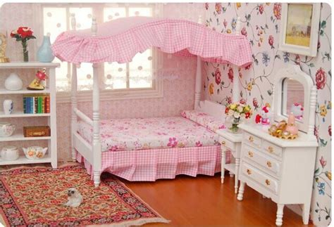 dollhouse bedroom furniture 1 12 dollhouse miniature bedroom furniture canopy bed