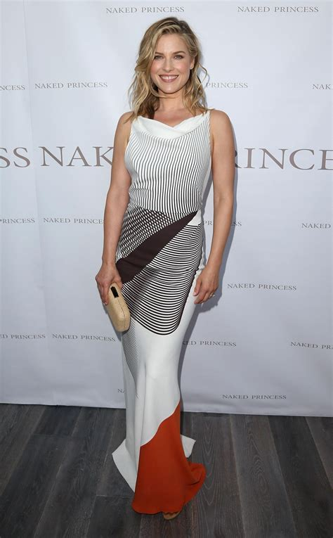 los angeles 2014 ali larter at princess flagship boutique opening in