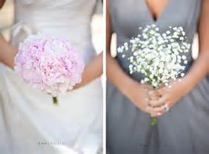 Budget wedding ideas save on wedding flowers bridal bouquet jpg