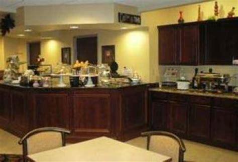 comfort inn findlay ohio findlay hotel comfort suites findlay