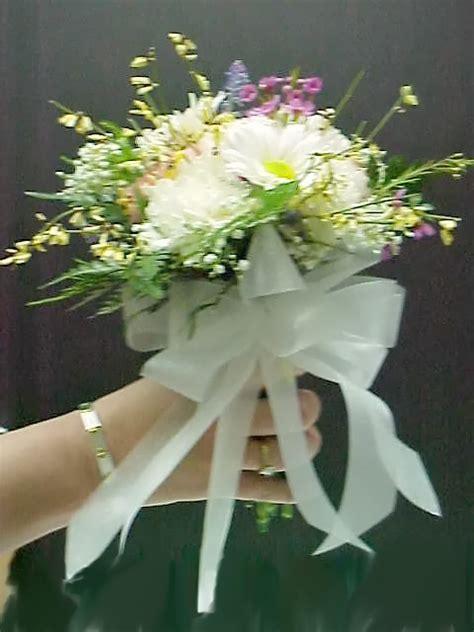 how to make a nosegay wedding bouquet