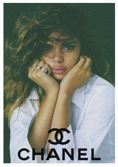 mixedrace model chanel huong thuy asian girl pinterest chanel model w big curly hair and full lips pretty