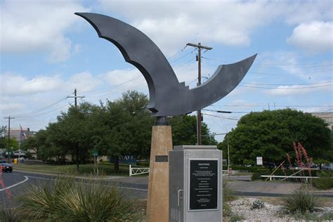 bat boat austin map and location you may zoom in and out to increase