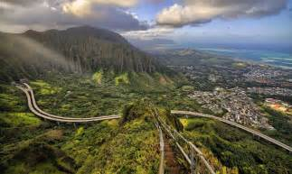 Stairs Hawaii by Hiking Hawaii S Stairway To Heaven Might Just End Your