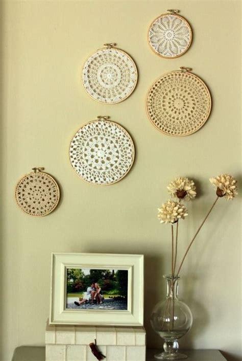 cozy  comfy crocheted pieces  home decor digsdigs