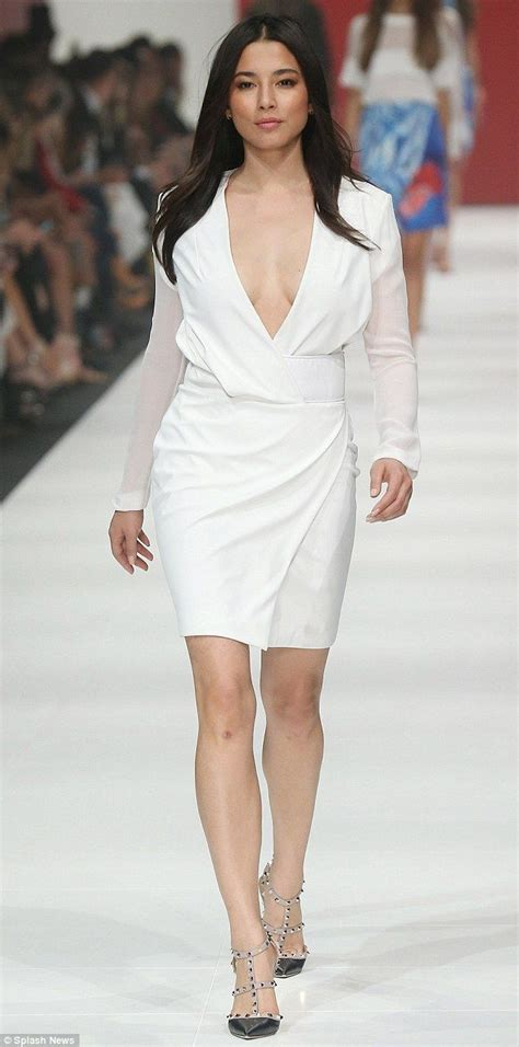 Dress Model Black White Impor model gomes sizzles on vamff runway in plunging white dress catwalks mondays and
