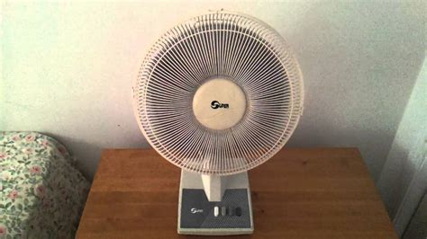 12 inch desk fan 1990 s or 2000 s 12 quot inch oscillating desk table fan