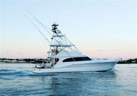 winter sport fishing boats 1000 images about boats on pinterest boat console the