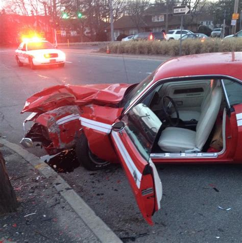 crashed dodge challenger for sale classic dodge challenger wrecked near farmingdale new