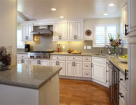 Ideas For Kitchens With White Cabinets | decorating with white kitchen cabinets designwalls com