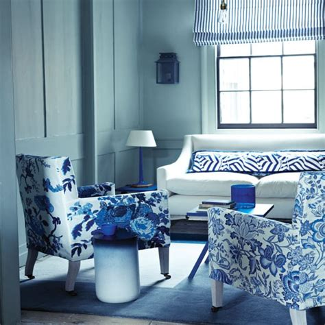 Blue White Living Room | floral blue and white living room living room decorating