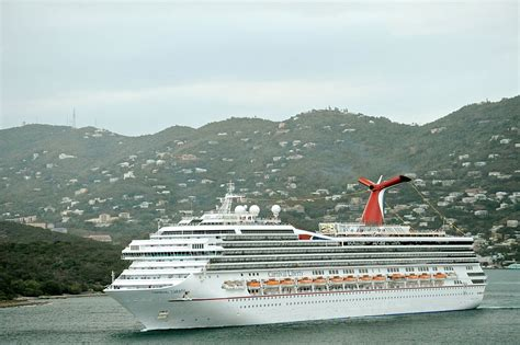 st thomas liberty file st thomas marriott carnival liberty 2 jpg wikimedia