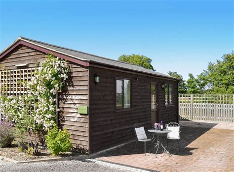 The Barn Holiday Cottage Brailsham Barn Holiday Cottages Windmill Cottage In