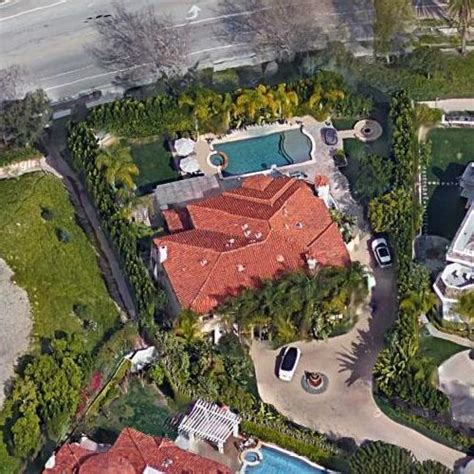 Bel Air Mansion kaley cuoco s house in los angeles ca google maps 4